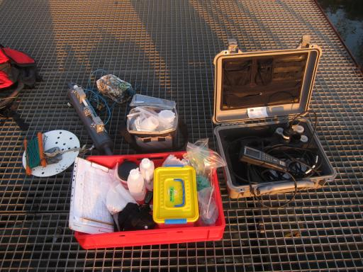 Sampling equipment